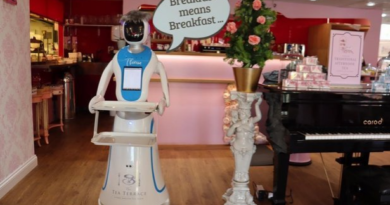 See The Robot Waitress Introduced In UK Restaurant
